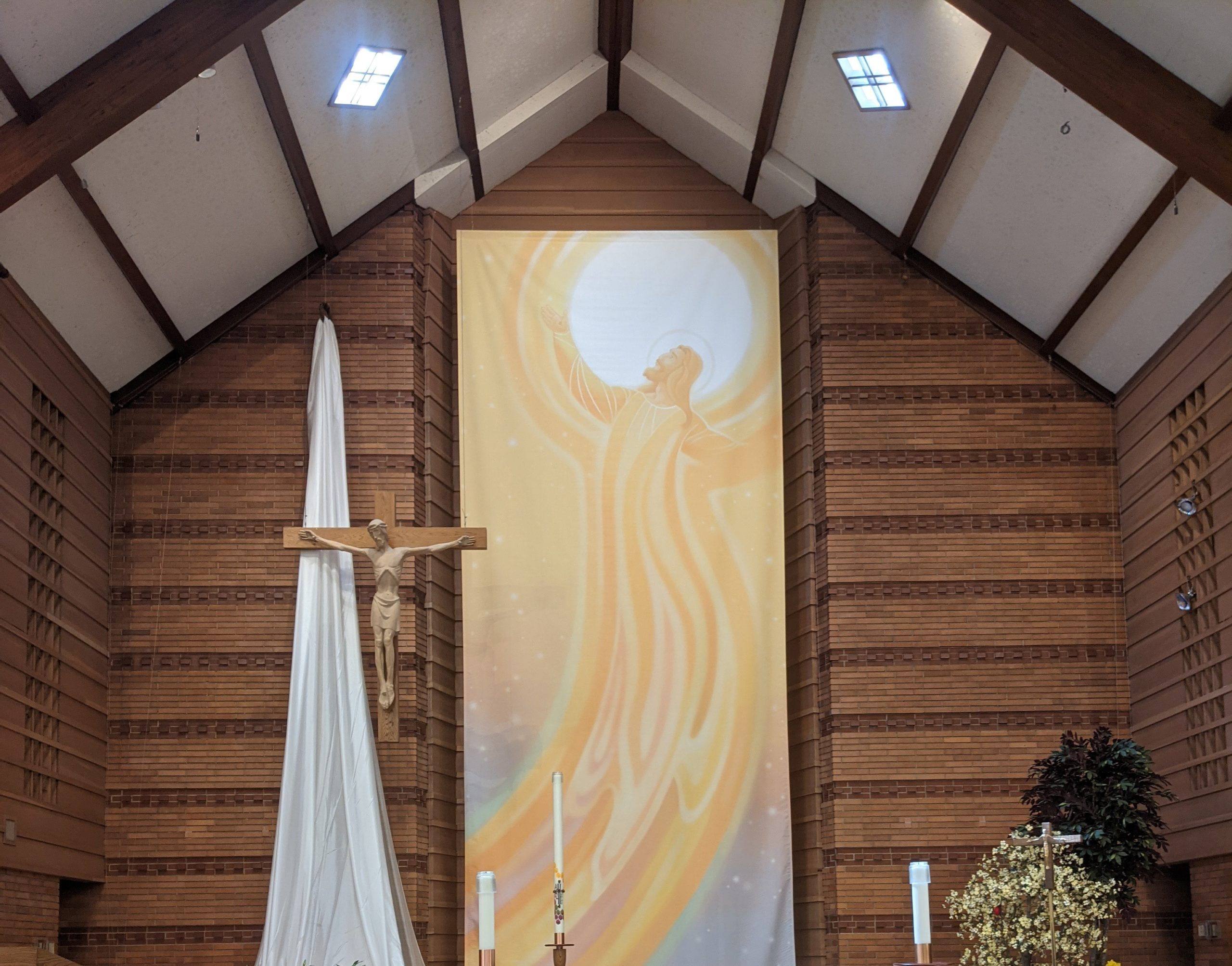 St Raymond Parish, 301 S. I-Oka Ave., Mt Prospect IL 60056
